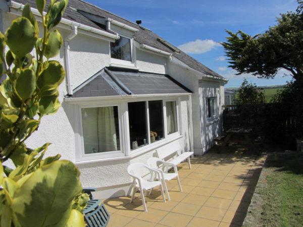 Llantood-Y-Bwthyn-Cottage-94